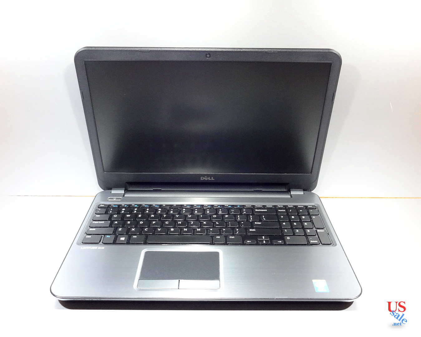 Toshiba-Satellite-C55-B5200-1300-real-2.jpg