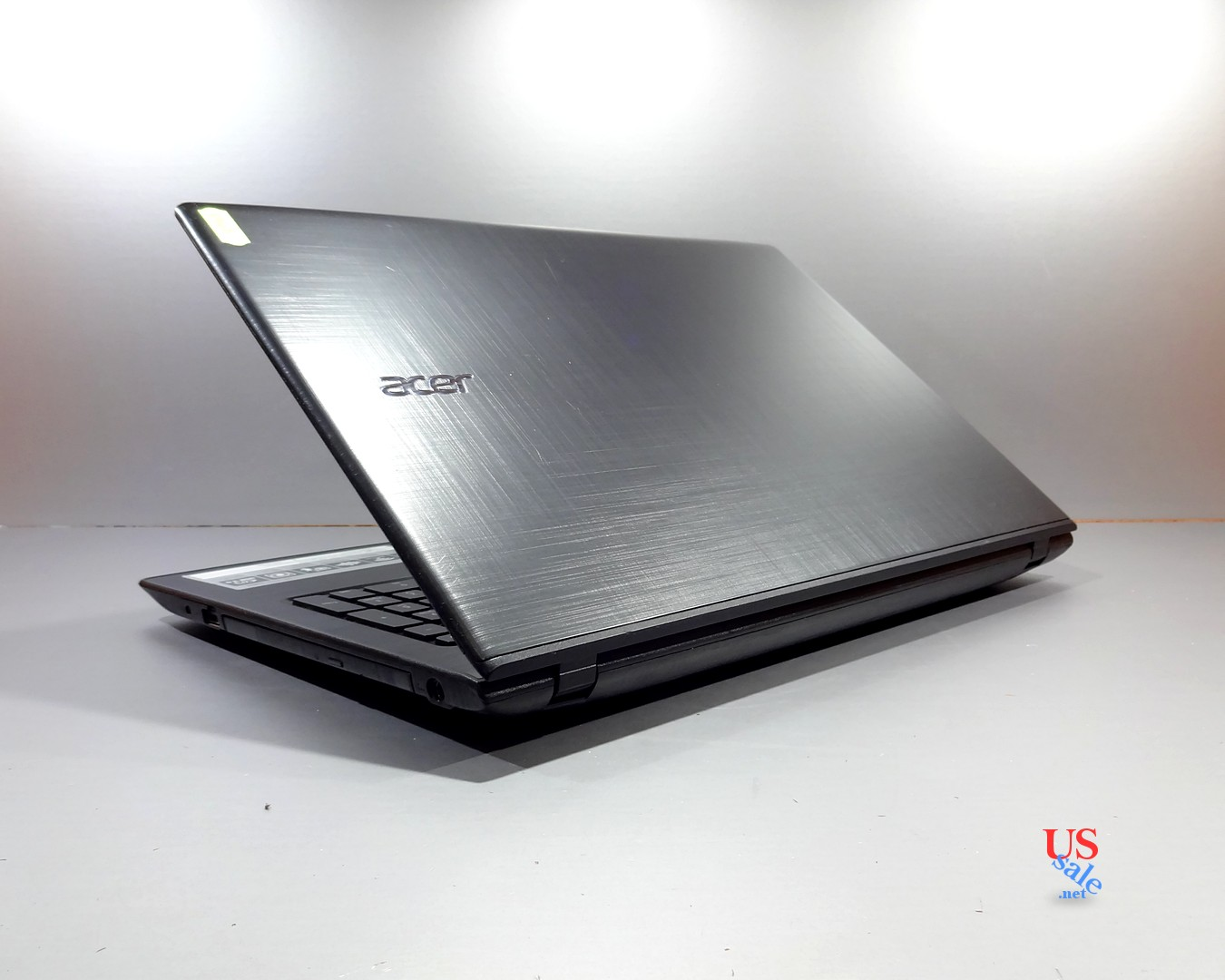 Toshiba-Satellite-C55-B5200-1300-real-1.jpg