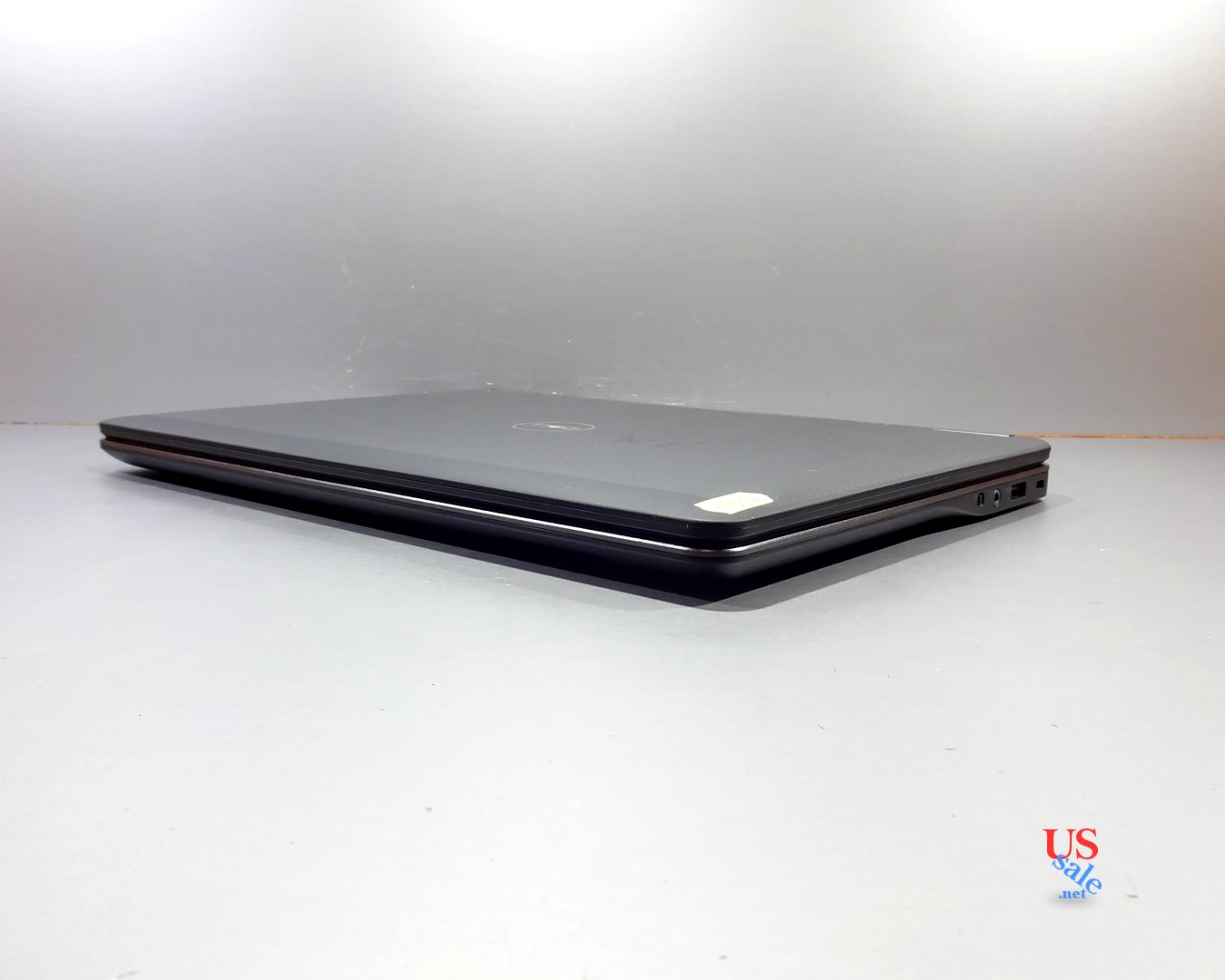 Toshiba-Satellite-C55-B5200-1300-real-4.jpg